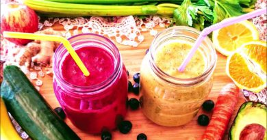 2 Easy, Healthy, Superfood Smoothie Recipes