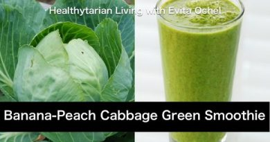 Banana-Peach Cabbage Green Smoothie: Nutrition Info & Recipe