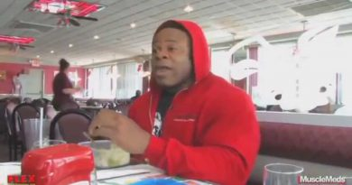 Kai Greene - A Day in the Life Of A Bodybuilder (D
