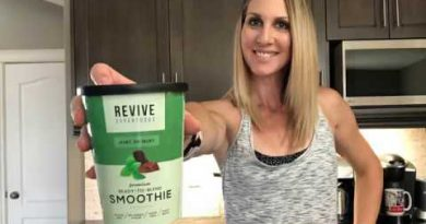 Revive Superfood Smoothie Unboxing!