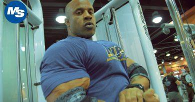 Victor Martinez's Bodybuilding Chest Workout