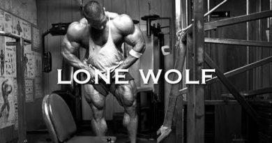BODYBUILDING MOTIVATION - LONE WOLF
