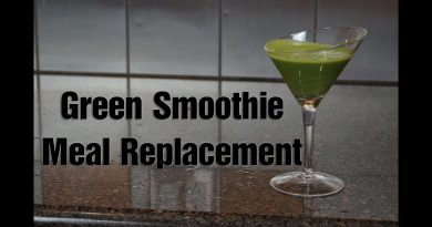Easy Fast Green Smoothie for Meal Replacement