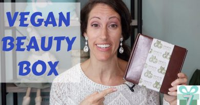 Green Clean Vegan Beauty Skincare Holiday Box Unboxing | Natural Skincare Products