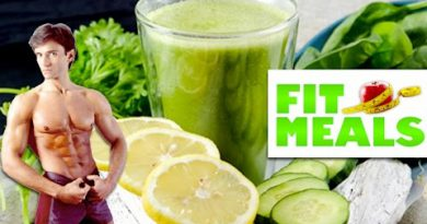HEALTHY 'LEAN & GREEN' SMOOTHIE RECIPE | Fit Meals #1