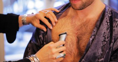 How to Trim Chest Hair | Men's Grooming