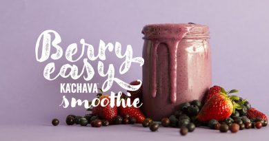 Ka'Chava Kitchen: Berry Easy Superfood Smoothie Recipe