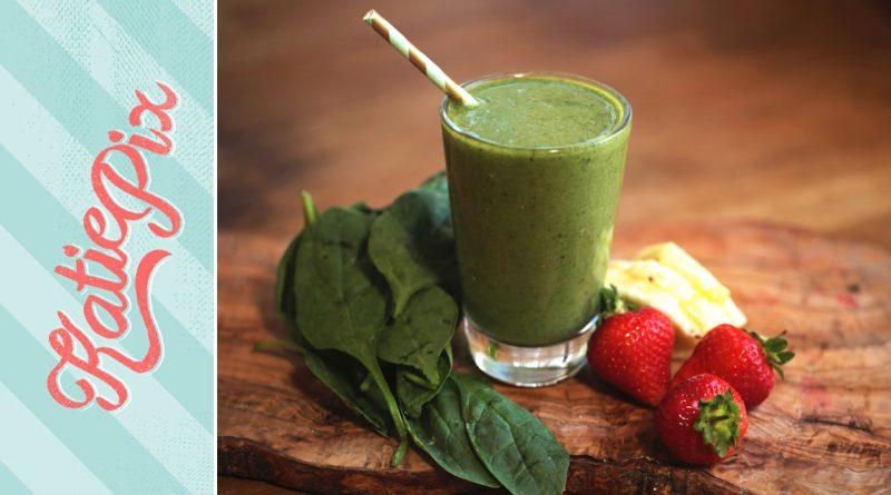 Simple Green Superfood Smoothie Recipe (that actually tastes good) | Katie Pix