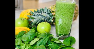 Green Smoothie/ Healthy breakfast smoothie!