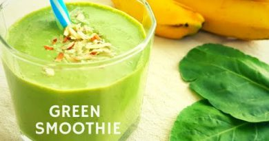 Green Smoothie in 2 mins!! #SpinachBanana #Smoothie | Palak smoothie