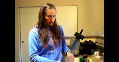 Raw Vegan Green Superfood Smoothie Recipe