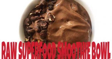 Raw Vegan Superfood Smoothie Bowl Recipe