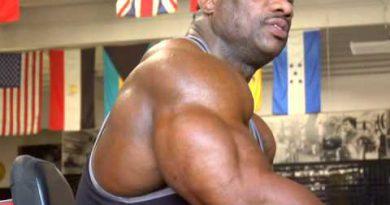 Bodybuilding Dexter Jackson   Unbreakable 1of2)
