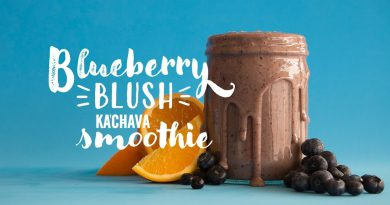 Ka'Chava Kitchen: Blueberry Blush Superfood Smoothie