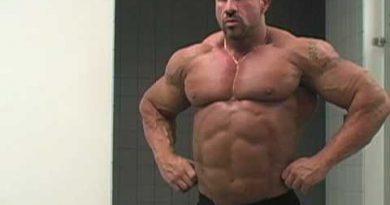 """What is a bodybuilder?"" Raising the Bar 3 bodybuilding documentary trailer"