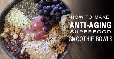 ANTI AGING SUPERFOOD SMOOTHIE BOWL