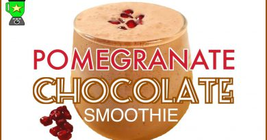Pomegranate Chocolate Superfood Smoothie