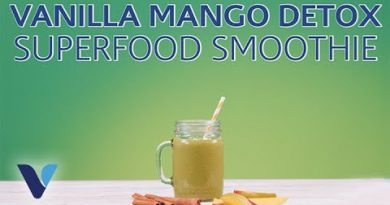 Vanilla Mango Detox Superfood Smoothie