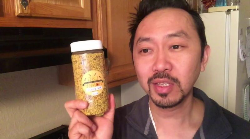 """Dr. V Kitchen: """"How to Make A Green Smoothie With Bee Pollen"""""""