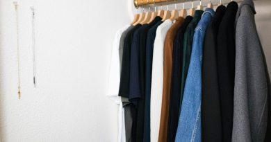 Minimal Wardrobe Closet Tour – Men's Style