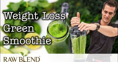 How to make a Weight Loss Green Smoothie in a Vitamix Blender   Recipe Video