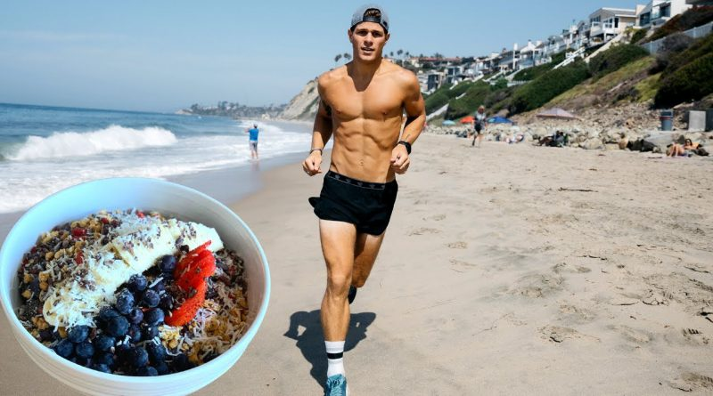 7 TIMES MORE LIKELY TO CRUSH YOUR 2021 GOALS! + SUPERFOOD SMOOTHIE BOWL