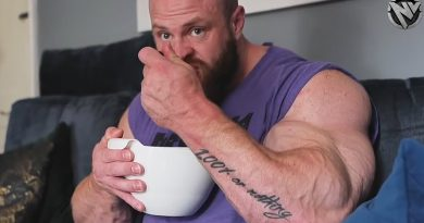 FEED THE MUSCLE - EATING FOR GROWTH - BODYBUILDER DIET MOTIVATION 2021